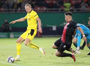 Borussia Dortmund planeja elevar multa para saída de Haaland