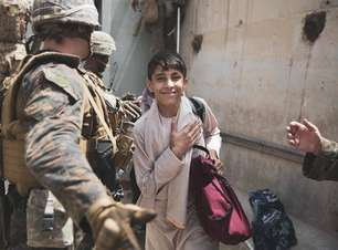 Após ascensão do Talibã, Otan suspende ajudas ao Afeganistão
