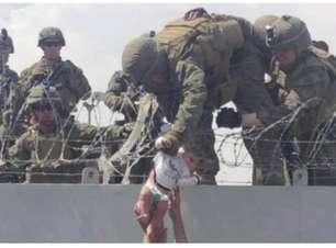 'Terá uma vida melhor', diz militar que cuidou da bebê passada para americanos no Afeganistão