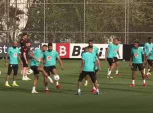 Seleção volta aos treinos de olho no confronto com o Peru