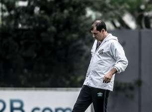 Carille comanda 1º treino no Santos e já esboça time titular