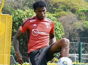 Arboleda treina normalmente e deverá reforçar o São Paulo