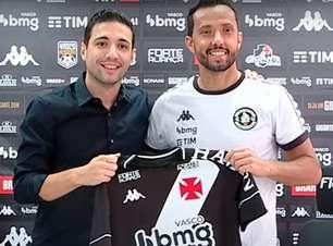 Apresentado com a camisa 77, Nenê celebra sua volta ao Vasco