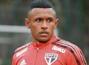 Após 6 semanas fora, Marquinhos volta a treinar no São Paulo