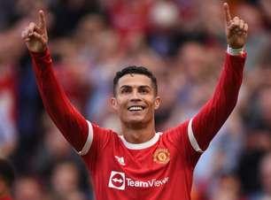 CR7 supera Messi em R$ 600 milhões em vendas de camisas