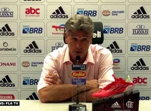 """FLAMENGO: """"Por enquanto é importante ele recuperar a forma física"""", destaca Renato Gaúcho antes de precisar estreia de David Luiz entre os 11 titulares"""