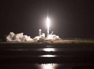 Missão da Space X só com civis chega à órbita da Terra com sucesso