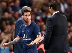 Câmera flagra Messi com dores no joelho antes da saída