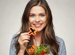 Para além de produtos químicos! Saiba usar a alimentação a favor do crescimento capilar