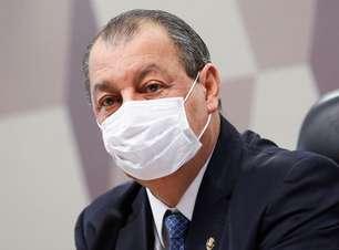 Aziz: Pacheco tratará de ameaça de filho de Bolsonaro à CPI