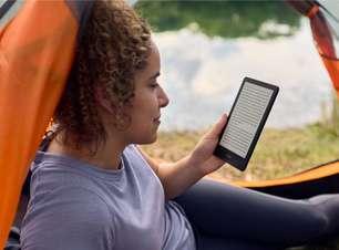"""Novo Kindle Paperwhite tem tela de 6,8"""" e versão com recarga sem fio"""