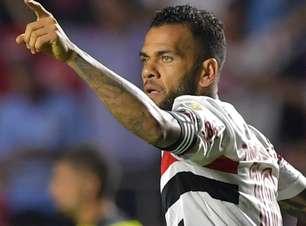Dani Alves deixa o São Paulo em adeus 'silencioso' e sem homenagens