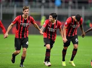 Milan vence Venezia e encosta na liderança do Italiano