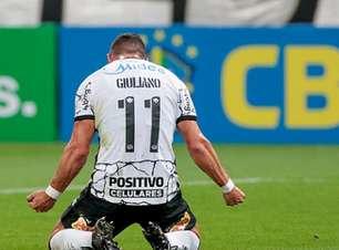 Após primeiro gol pelo Corinthians, Giuliano fala sobre o seu posicionamento na equipe