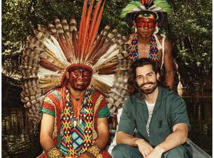 Alok faz performance com povos indígenas no Global Citizen Live