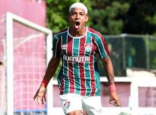 John Kennedy prega paciência por vaga no profissional do Fluminense, relembra Covid-19 e projeta clássico