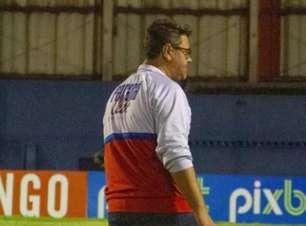 Jorge Ferreira quer permanecer como técnico do Paraná