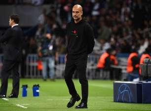 'É impossível controlar o Messi. Ele é imparável', diz Guardiola após derrota do Manchester City