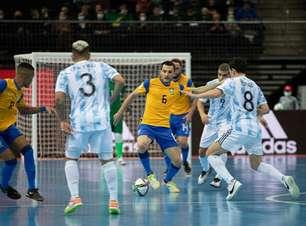 Brasil cai para a Argentina na semi do Mundial de futsal
