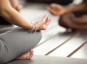 Yoga para iniciantes: conheça os principais tipos da atividade