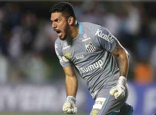 Santos marca nos acréscimos, vence o Grêmio e sai do Z4