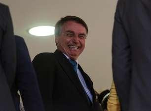 """Bolsonaro diz que não vai tomar vacina: """"Não tem cabimento"""""""