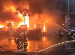 Incêndio em edifício deixa ao menos 46 mortos em Taiwan
