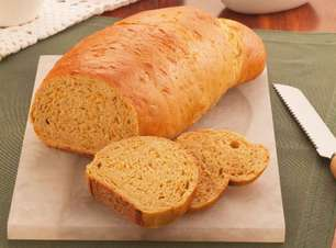 Pão doce de cenoura nutritivo e delicioso