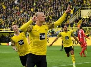 Haaland é eleito o melhor jogador da 8ª rodada da Bundesliga. Assista aos dois gols marcados pelo craque
