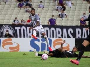 Tiago Nunes elogia atuação do Ceará diante do Bragantino