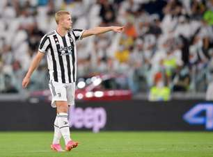 Insatisfeito na Juventus, De Ligt considera saída do clube e Barcelona monitora a situação