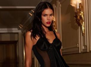 Do básico ao sensual, 6 looks pretos de Marquezine em Paris