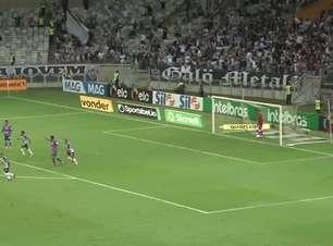 ATLÉTICO-MG: Golaço! Arana acerta lindo chute e marca na goleada contra o Fortaleza