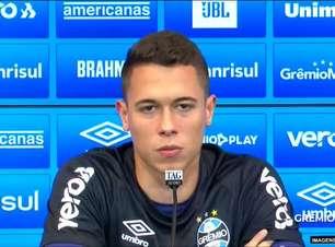 """GRÊMIO: Brenno fala sobre identificação com o clube e manda recado para o torcedor: """"Quero que vocês continuem nos apoiando, que continuaremos nos estregando ao máximo"""""""