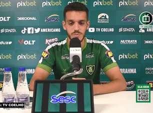"""AMÉRICA-MG: Lucas Kal defende marcação com pressão para jogo contra o Fortaleza: """"É uma das características do nosso time"""""""