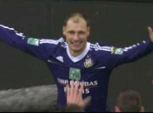 Anderlecht conquista goleada histórica no Campeonato Belga