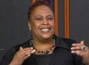 Cantora americana homenageia Mandela e fala sobre racismo