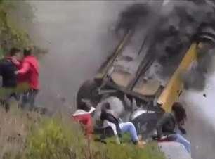 Impressionante! Piloto sofre acidente incrível na Itália