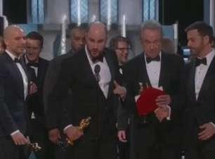 Academia de Hollywood pede perdão pelo erro no Oscar