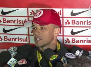 D'Alessandro lamenta vice e pede Inter 'brigador' para furar retrancas na Série B