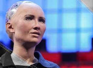 Robô com inteligência artificial ganha cidadania