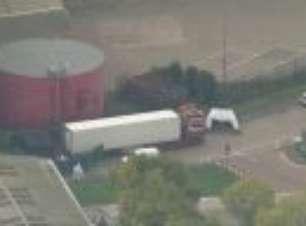 Imagens aéreas mostram o local onde 39 corpos foram encontrados em Essex