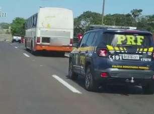 Ônibus carregado com contrabando é apreendido em Santa Terezinha de Itaipu