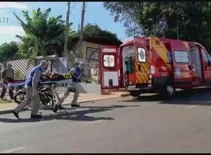 Batida traseira deixa motociclista ferido no Bairro Santa Felicidade