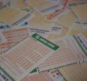 Mega-Sena: sorteio acumula e pode pagar R$ 7 milhões
