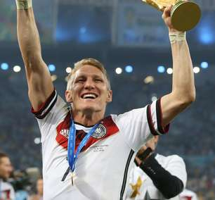 Aos 35 anos, Schweinsteiger anuncia aposentadoria do futebol
