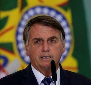 Exército nos dará sustentação para que ninguém ouse ir além da Constituição, diz Bolsonaro
