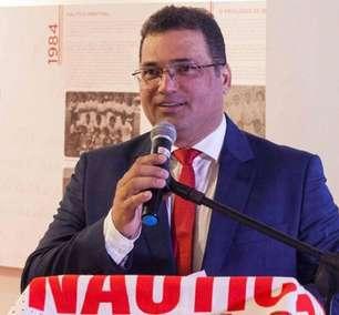 Presidente do Náutico lança polêmica e pede VAR na final do Pernambucano