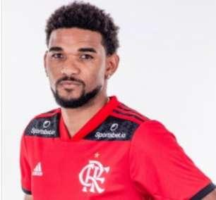 Torcida do Flamengo se revolta e pede saída de zagueiro