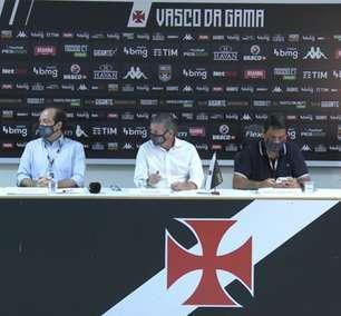 Jogadores do Vasco recebem a folha salarial do mês de abril